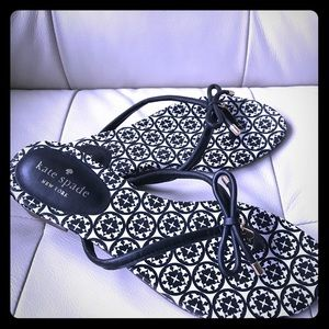 Black Leather Kate Spade Flip Flops, Size 7